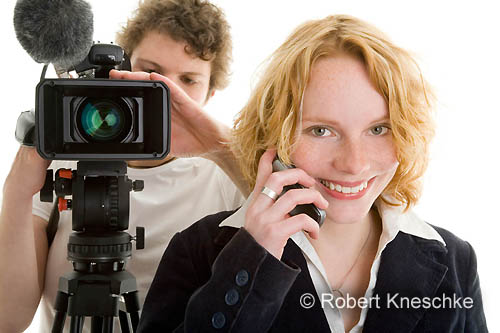 Reporterin vor der Sendung