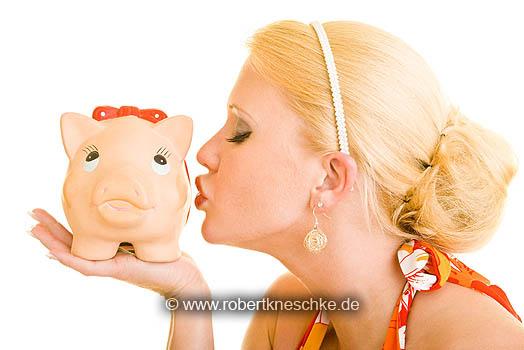 Sparschwein küssen